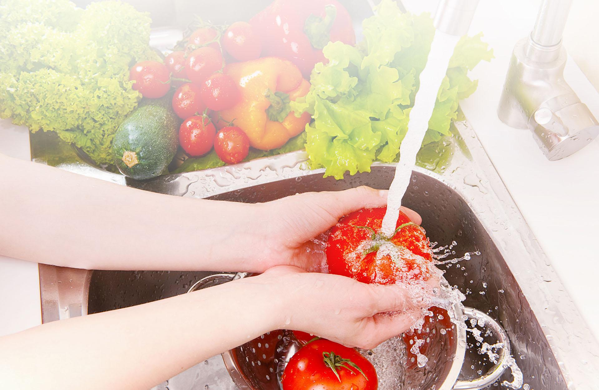 Healthy benefits of clean water